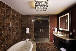 Cherokee Suite Bathroom